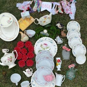 Alice in Wonderland/Tea Party Decor
